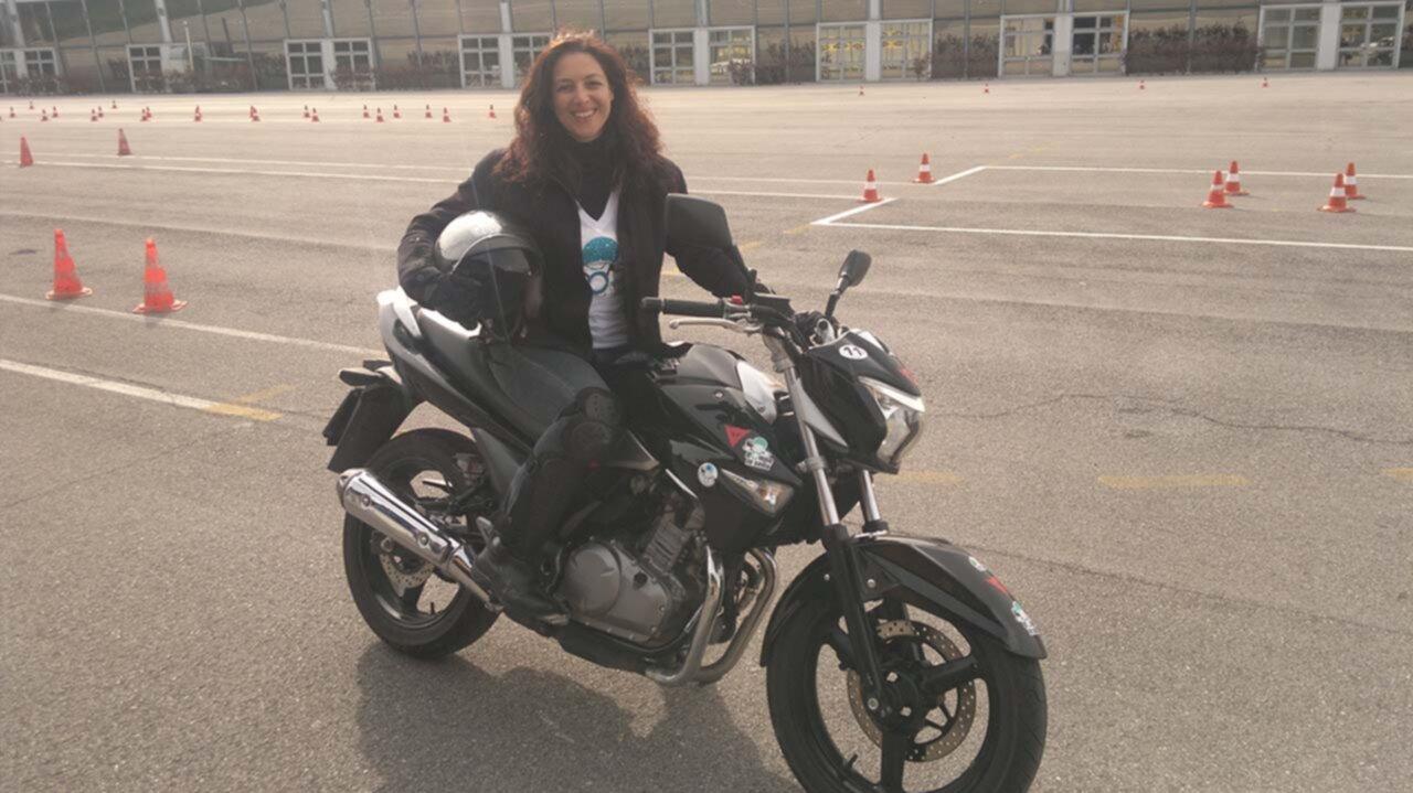 Donneinsella corso moto