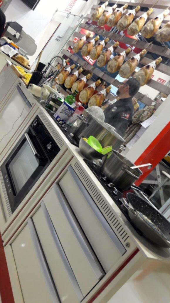 Lv8 e la cucina officina donneinsella - Officina di cucina genova ...