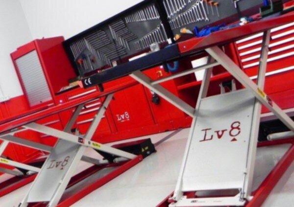 sollevatore moto LV8